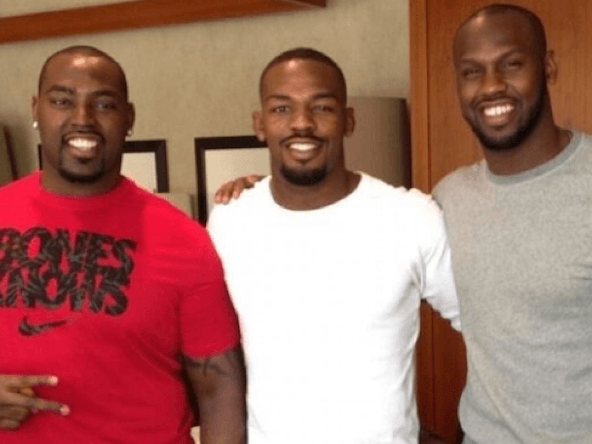 Jones Brothers Bet On Super Bowl, One ...