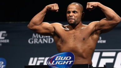 UFC light heavyweight champion Daniel Cormier looks to be set to defend his title against fast rising contender Volkan Oezdemir.