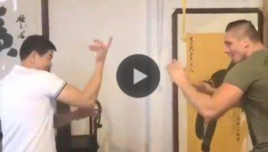 Glory Kickboxing heavyweight champion Rico Verhoeven spars against a Wing Chun Master in this video.