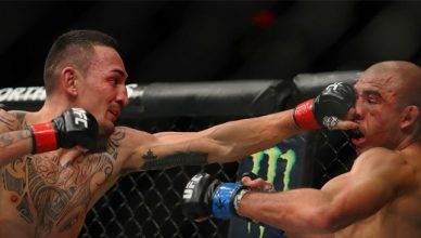 Max Holloway stops Jose Aldo at UFC 218.