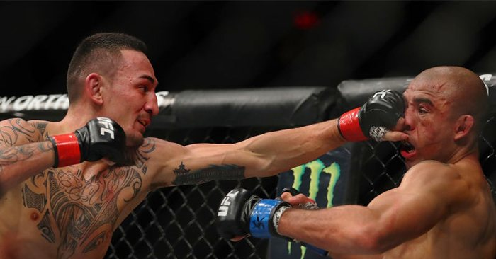 Max Holloway stops Jose Aldo at UFC 218.
